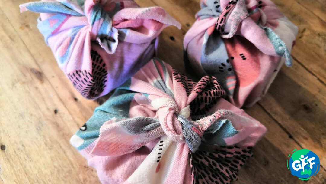 """Opening a Gift From """"Soaps By Anna"""" 